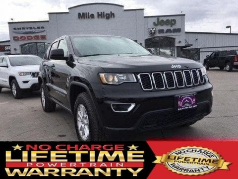 Pre-Owned 2018 Jeep Grand Cherokee Laredo E 4x4 *Ltd Avail*