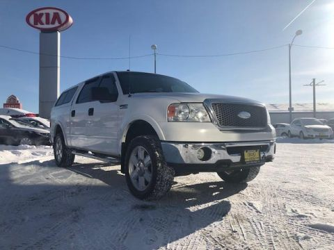 Pre-Owned 2006 Ford F-150 SuperCrew 139 Lariat 4WD